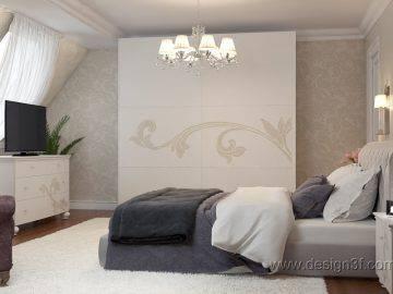 Светлая спальня на мансардном этаже